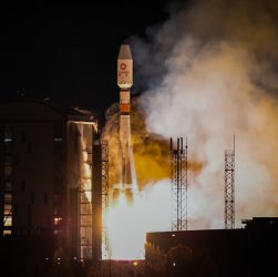 OneWeb liftoff Dec 18 (Source: Roscosmos TsENKI Arianespace)